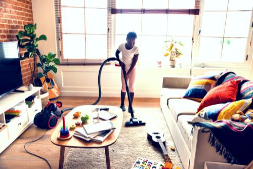 ShadyOak-Girl-working-on-chores